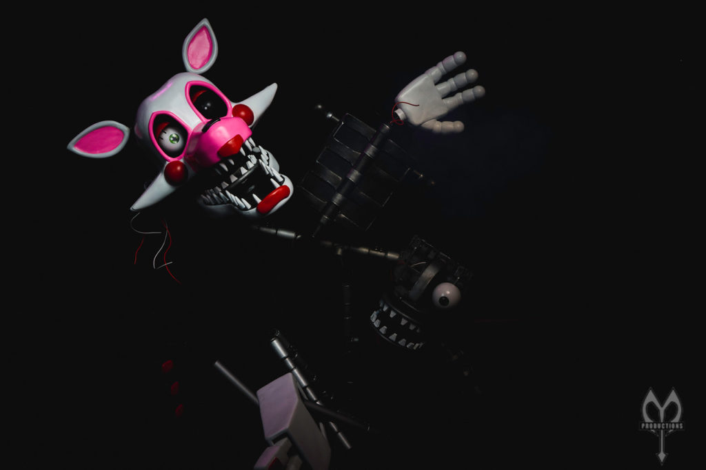 FNaF 2 Mangle Cosplay - Photo by Mort Productions